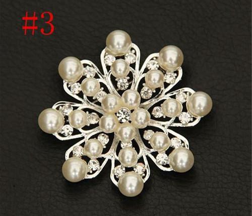 Flower Petal Silver Pearl Crystal Rhinestone Flower Vintage Brooch