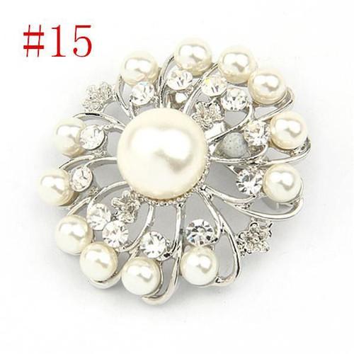 Flower Pearl Crystal Rhinestone Flower Vintage Brooch