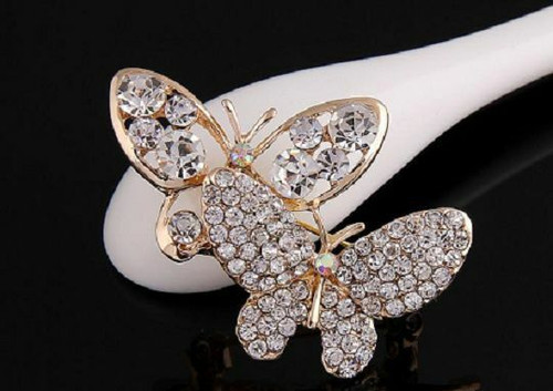Kawaii White Crystal Brooch with Twin Butterfly