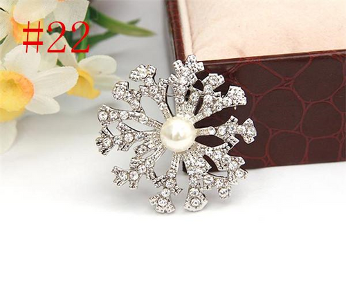 Silver Pearl Crystal Rhinestone Brooch with Snowflake design