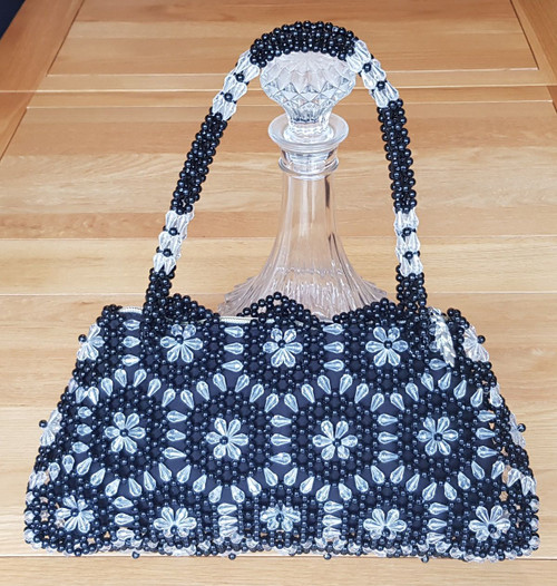 Hand Crafted Black & White Hex Flowers Large Hand Bag