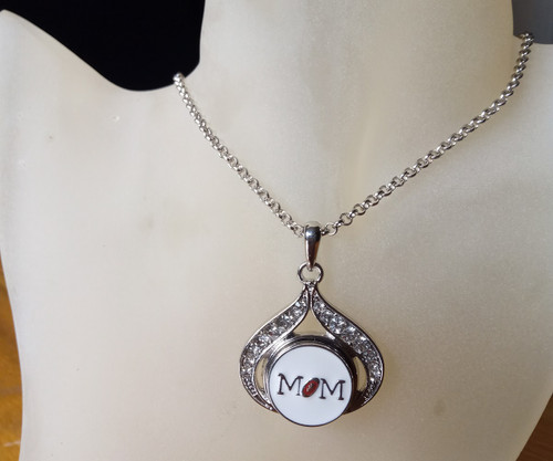 Silver Plated Noosa Heart Pendant Necklace with MoM Snap Button