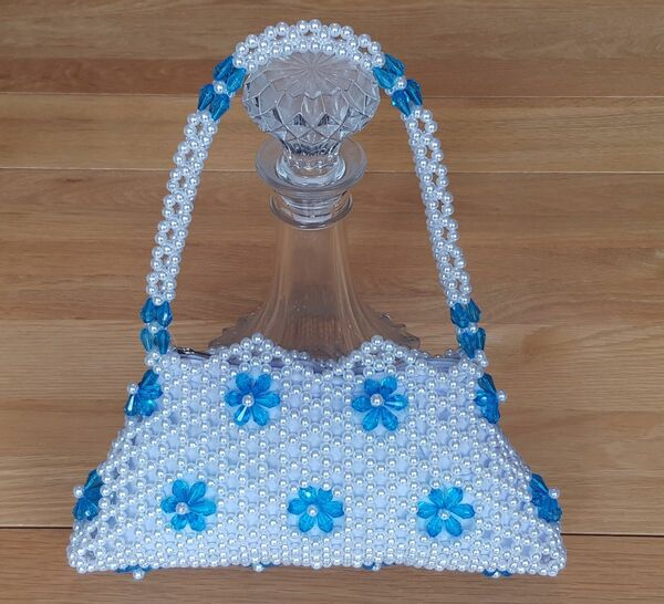 Hand Crafted White & Turquoise Flowers Small Hand Bag