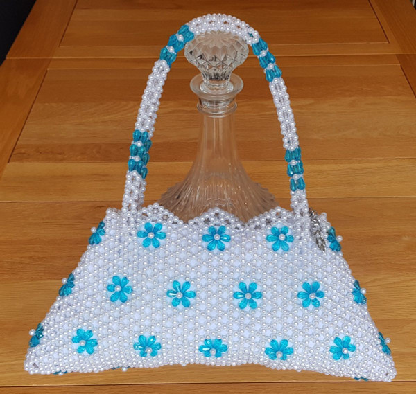 Hand Crafted White & Turquoise Flowers Large Hand Bag