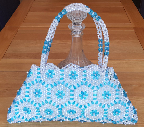 Hand Crafted White & Turquoise Hex-Flowers Large Hand Bag