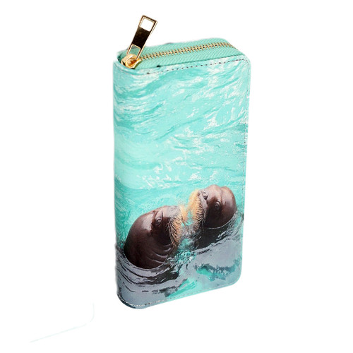 Zippered wallet with picture of walruses, large size
