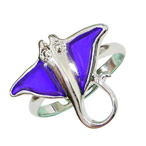 Mood ring, sting ray with rhinestones
