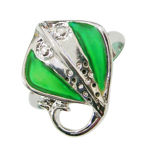 Mood Ring, manta ray, green