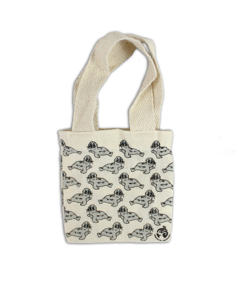 Beige mini harbour seal bag.