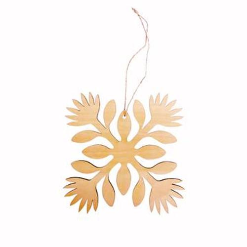 "Wood Ornament ""Ohia Lehua Hawaiian Quilt"""