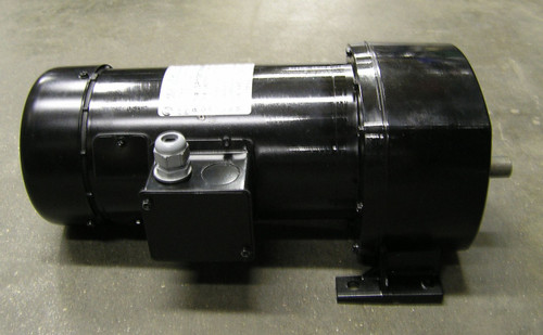1212-105 3 Spindle Capper, Gripper Belt Motor:1/2hp, 90Vdc, 42 to 1 Ratio, 40 rpm's, 705 In-Lbs,  T.E.F.C., 42 Frame, Gear Motor Combo: