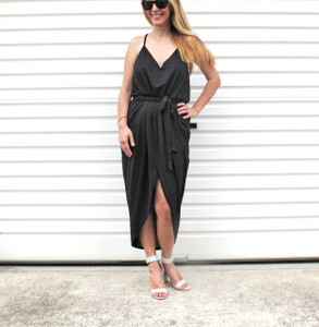 LOVE_LIKE_THIS_BLACK_FRONT