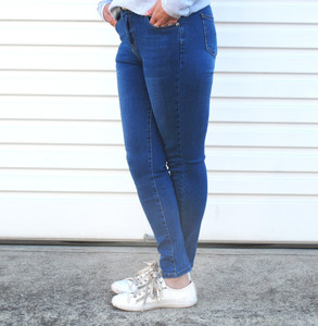 MONICA_EVERYDAY_7/8_ SKINNY_FIT_DENIM_JEANS_SIDE