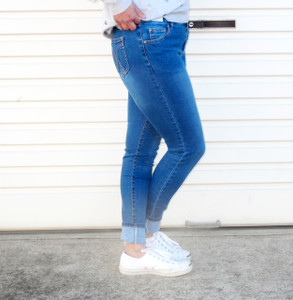 DEANNE HIGH WAIST DENIM JEANS
