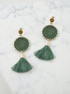 TASSEL EARRINGS - GREEN