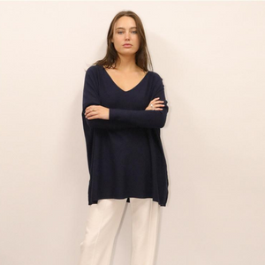 ASHLEY OVERSIZED V NECK KNIT - NAVY