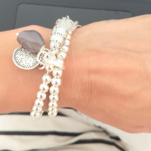 BALL BRACELET WITH COIN TASSEL STONE DETAIL - SILVER