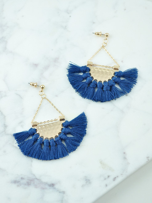FAN_SHAPE_EARRINGS_BLUE_