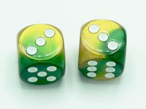 16mm d6 Gemini Gold-Green dice