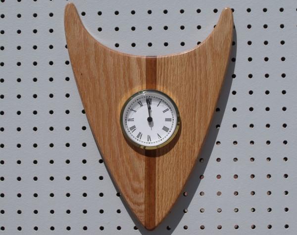 Red oak wedge clock