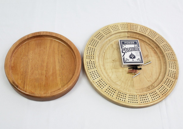 Four Player Cribbage Board Leaves Mahogany and Curly Maple
