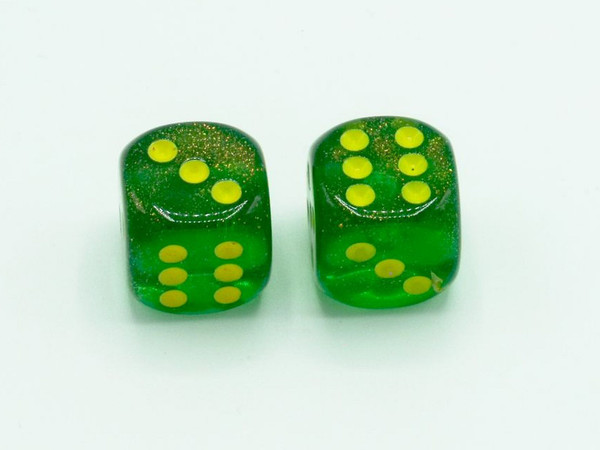 16mm d6 Borealis Maple Green Dice with Yellow pips