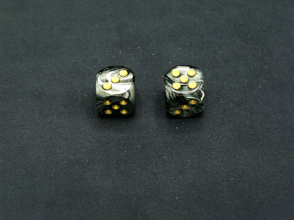 16mm d6 Lustrous Black Dice with Gold pips