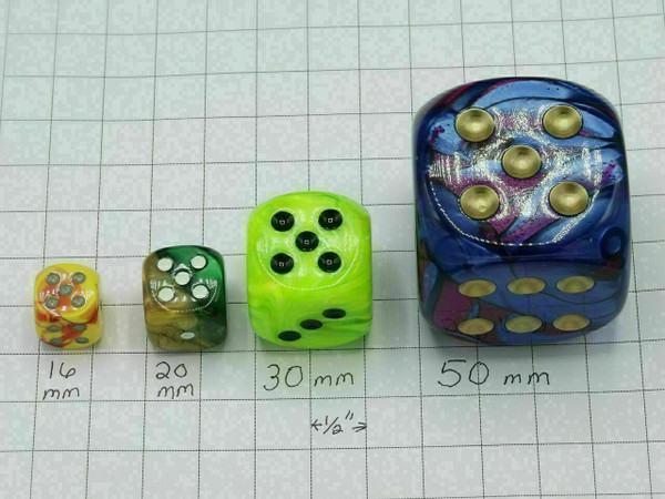 20mm Dice Gemini Black-Green with Gold pips d6 - pair of 2