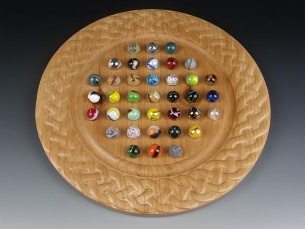 Deluxe Round Marble Solitaire - Alder