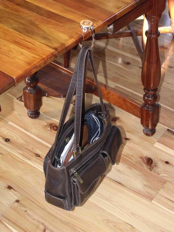 Collapsible Purse Hook Wolf Dark Leather