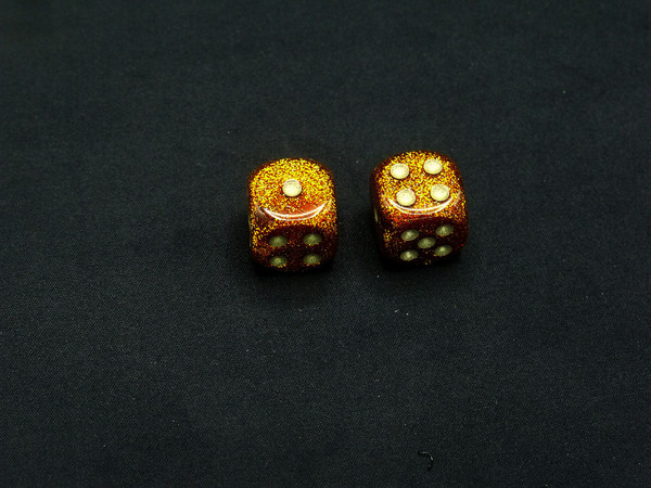 16mm d6 Glitter Gold Dice with Silver pips