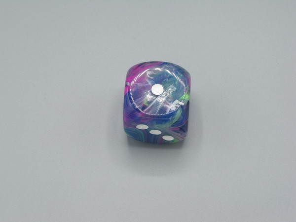 30mm Dice Festive Waterlily white White Pips