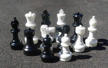 300mm Garden Patio Chess Set with Nylon Mat