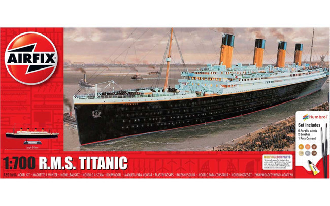 R.M.S. Titanic Gift Set 1:700 Scale Model Kit