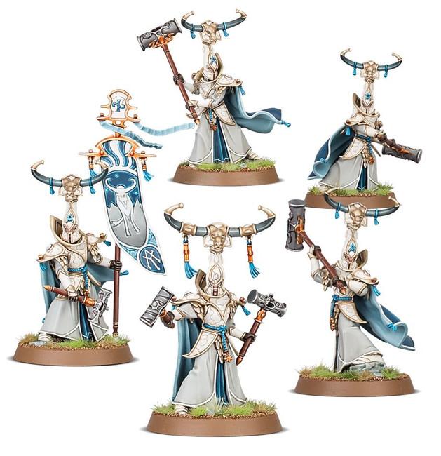 87-54 Lumineth Realm-Lords: Alarith Stoneguard