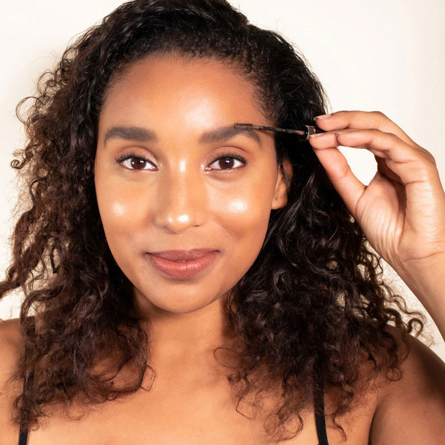 New Year, New Brows: How to Achieve the Trending Natural Brow Look for 2020