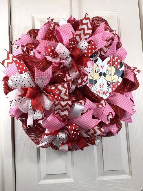 Valentine wreath, Handmade wreath, red wreath, heart wreath