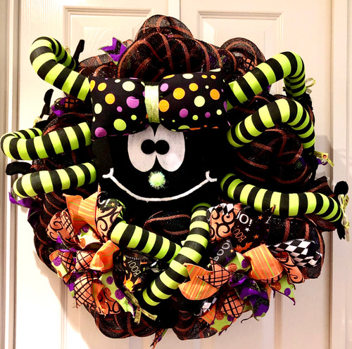 LARGE PLUSH SPIDER WREATH