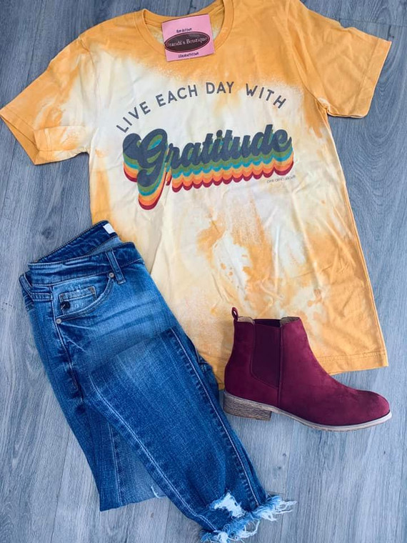 Live Each Day With Gatitude Bleached Short Sleeve Tee
