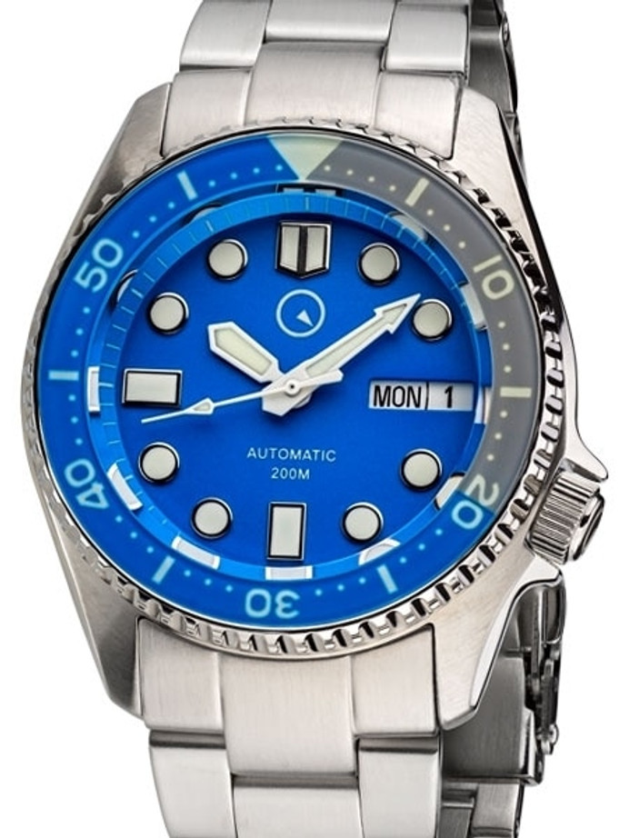 Islander 38mm Automatic Dive Watch with Solid-Link Bracelet, AR Sapphire Crystal, and Luminous Sapphire Bezel Insert #ISL-24