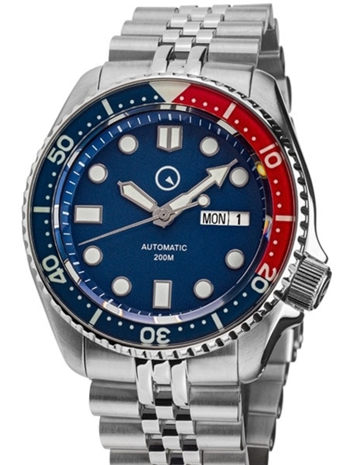 Islander Automatic Dive Watch with Solid-Link Bracelet, AR Sapphire Crystal, and Luminous Sapphire Bezel Insert #ISL-19