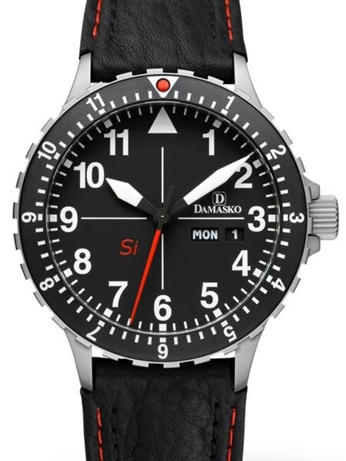 Damasko Si German Automatic Watch with a Rotating 12-Hour Bezel and Stainless Steel Case #DK10