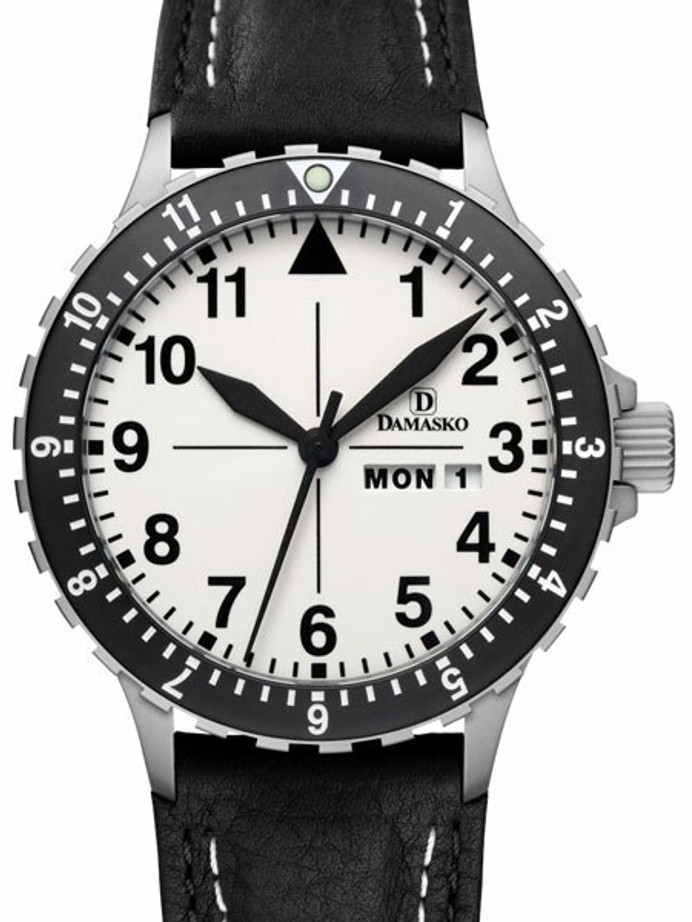 Damasko Swiss ETA Automatic with a Rotating 12-Hour Bezel and Fully Luminous Dial #DA47