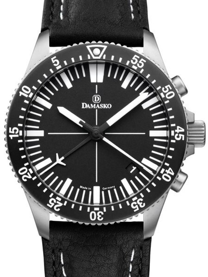 Damasko 42mm Chronograph with a Unique 60-Minute Stopwatch Function #DC82