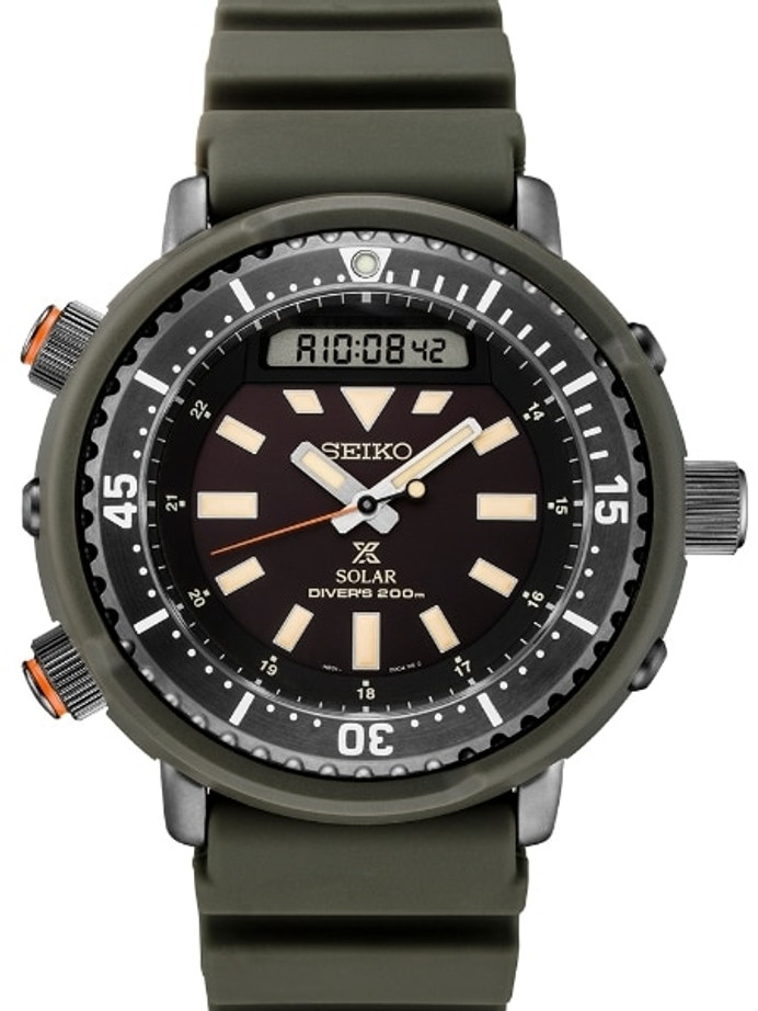"Seiko ""Arnie"" Prospex Tuna Dive Watch with Solar Movement and 47.5mm Case #SNJ031"