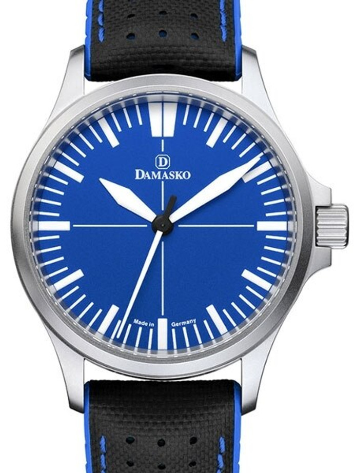 Damasko Swiss Automatic Watch with a 39mm Bead-Blasted Submarine Steel Case #DK30-Ocean