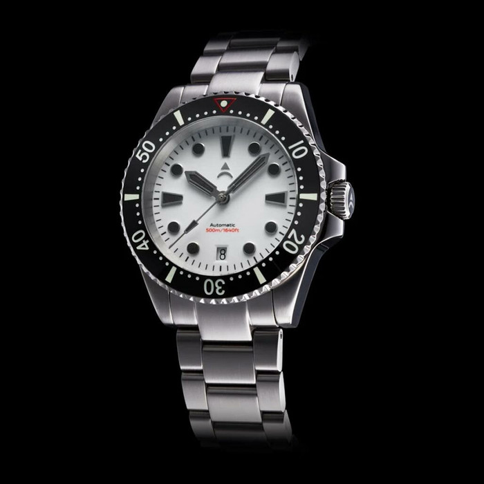 Axios Ironclad 500-Meter Swiss Automatic Dive Watch with DD AR Sapphire Crystal #AX-IC-03