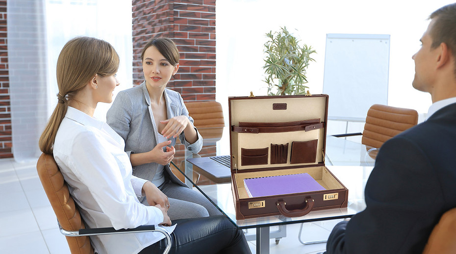 Choosing The Perfect Leather Attache Case