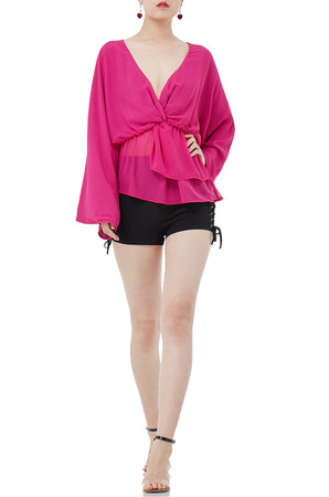 V-NECK WITH ASYMETRICAL HEM TOPS IS1904-0090
