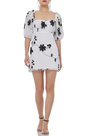 HOLIDAY DRESSES P1808-0294
